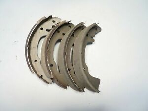 """Brake Shoe Set Fits Renault Dauphine & Caravelle Front 9 x 1 7/16"""" Geon Brand"""