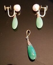 Vintage Jade Earrings and Pendant Set with 14k Yellow Gold ~ Nice Jadeite
