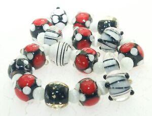 OliveStuart Handmade Lampwork Beads 17 red/white/black
