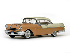 Pontiac Star Chief Hardtop (1955) Diecast Model Car Platinum Collection - H5043