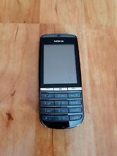 Nokia Asha 300 in schwarz
