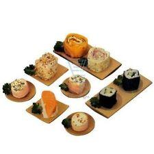 Piatti da cucina in legno marrone