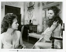 LAURA ANTONELLI OLGA KARLATOS  MOGLIAMANTE 1977 PHOTO ORIGINAL #3
