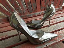 *siLveR PaTenT New SZ 8.5 Mirrored Pointy Toe CARRIE Stiletto Heels PUMPs GuESS