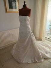 Stunning Ivory satin-look wedding dress - lace/crystals, UK 8, La Sposa