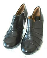 "Clarks Artisan Womens 8.5M Black Leather 3"" High Heeled Side Zip Bootie Shoes"