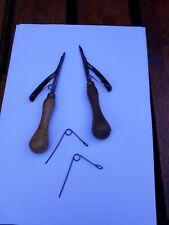 2 Vintage browns rag rug hooking tools, 2 springs,