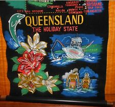 Vintage Souvenir Wall Hanging - Queensland The Holiday State excellent condition