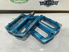 Moove Pedals Blue Alloy Lightweight Platform Pinned