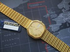 vintage nos seiko watch, mens with tag/ ticking  day date
