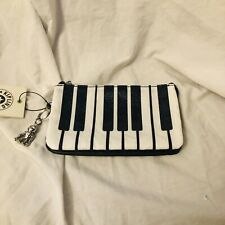 Kipling Extra Large 3 Pocket Wristlet Piano Design Kipling Retails $58