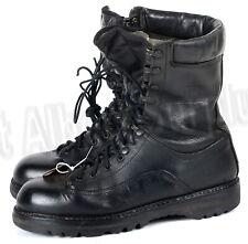 CANADIAN ARMY GORETEX BOOTS - SIZE 9 REGULAR - WATERPROOF - 2525R26C