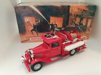Matchbox Models of Yesteryear YFE06 1932 Ford AA Fire Engine Boxed