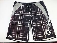 MENS QUIKSILVER BOARDSHORTS DARK BROWN PLAID SIZE 32