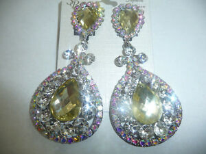 CLiP On Long EaRRiNgS WiTh CrYsTaL RHiNeStOnE