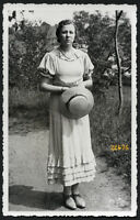 pretty girl w hat, Vintage Photograph, 1930'