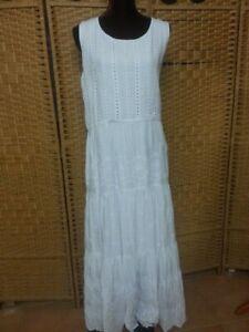 LADIES ROCKMANS WHITE MAXI DRESS SIZE 18