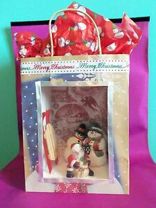 Dollhouse Miniature 1:12 Scale Snowman Roombox Scenario in a Gift Bag (Room box)