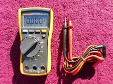 FLUKE 115 *NEAR MINT!* TRUE RMS MULTIMETER!