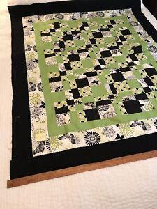 "Handmade quilt top, 47"" x 57""; Patchwork, Avocado and black, 100% cotton A117"