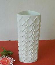 AK Kaiser Vase weiß Bisquit Porzellan Herzchenrelief 23 cm hoch