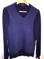 MAERZ V-Ausschnitt Pullover aus 100 % extrafeiner Merinowolle