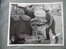 Vintage B&W Victoria BC Newspaper Photo Man Stretcher Police Car Crime Accident