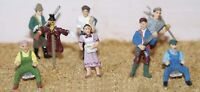 Farm workers F154 UNPAINTED OO Scale Langley Models Kit People Figures 1/76