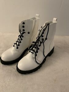 Womens White Lace Up Combat Boots Size 7.5