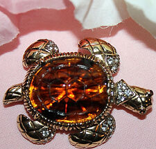OUTSTANDING LARGE CINER SIGNED GOLD TONE TURTLE PIN WITH R.S&JELLY BELLY TUMMY