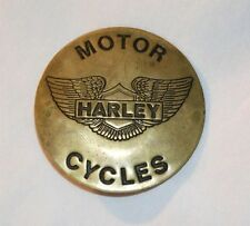 Motor Harley Davidson Motorcycles Wings Round Button / Pin Vintage Collectible