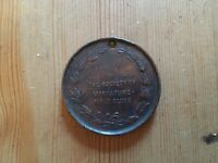 VINTAGE MEDAL MEDALLION THE BELL THE MINIATURE RIFLE CLUB