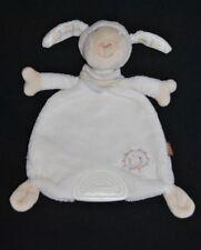 Peluche doudou mouton plat blanc lBABY FEHN crème bandana soleil dentition TTBE