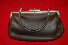 478f945dde Petit sac à main ancien en cuir année 1920 1930 marron