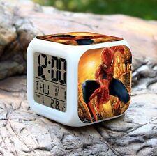 Spiderman Changement LED Alarme Numérique Horloges Pour Les Enfants & Noël