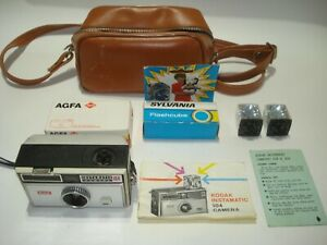 KODAK INSTAMATIC 104 FILM CAMERA WITH ACCESSORIES MADE IN ENGLAND FREE POSTAGE