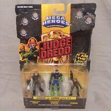 Mega Heroes Judge Dredd JUDGE vs CONS Action Figure 3-Pack # 1  Mattel 1995  MOC