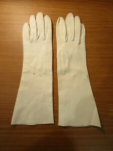 """Vintage Long White Gloves - 12.5"""" Long, 4.75"""" Opening (1940s or 1950s)"""