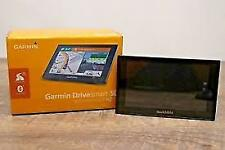 Garmin GPS DriveSmart 50LMT HD in super condition.Free Maps.Box,charger,support