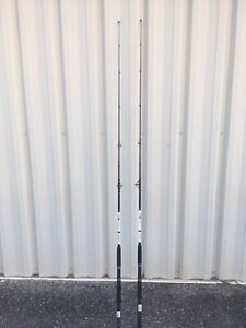 """LOT OF 2 DAIWA D-WAVE 7'0"""" MEDIUM FAST ACTION SPINNING RODS"""