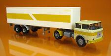Brekina 71802 LIAZ 706 -  Koffer-Sattelzug -  hellelfenbein/gelb