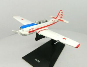 Yakovlev Yak-52 Primary Trainer Aircraft 1978 Year 1/87 Scale Model with Stand