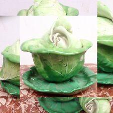 curieux choux en porcelaine patine dominante vert  . XIX siècle .