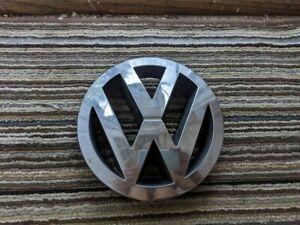 2004 2005 2006 2007 VOLKSWAGEN VW TOUAREG FRONT GRILLE EMBLEM LOGO OEM 7L6853601