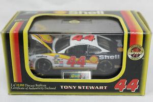 Revell 1:64 Scale TONY STEWART 1998 Pontiac Grand Prix SHELL #44