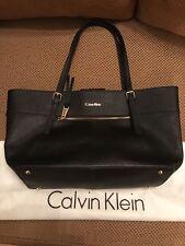 Calvin Klein CK handbag Key Item Leather Tote Shopper Black H3JA12BQ Pristine!