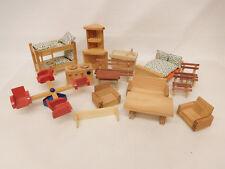 ESF-02776Neuzeitliche 15 Teile Puppenstuben Holz Möbel, H. Eckschrank ca 136 mm