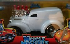48 ANGLIA IN PEARL  WHITE  MUSCLE MACHINES 1:18 SCALE Item# 71166 NEW IN BOX