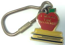Vintage Keychain I MAKE THE DIFFERENCE ~ APPLE ~ BOOKS Ancien Porte-Cle HAMMETTE