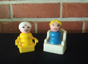 Vintage Fisher Price Little People Moms Yellow And Blue With Chairs 4 Pc Lot
